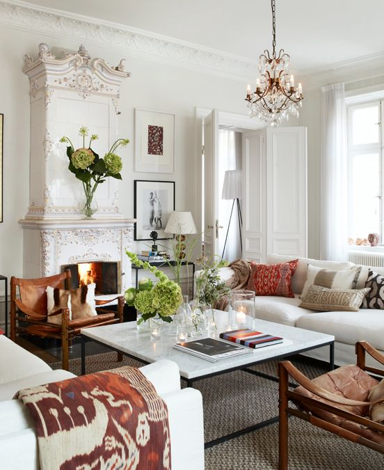 studio karin. Living room, carrara table, white sofa, classic style