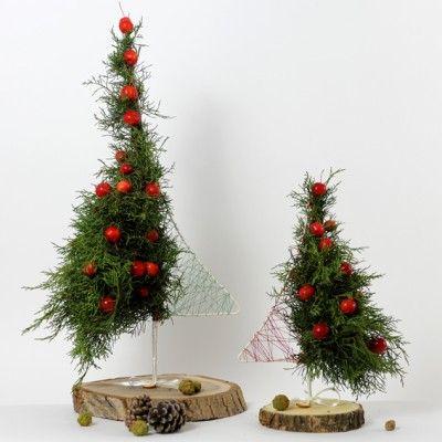 YaU Concept _ yau flori_wild christmas 2013_braduti de Craciun pentru birou  _ christmas trees _ table decorations #christmas #christmasdecor #holiday #candle #christmascandle #yauconcept #yau #christmasdecoration #wood #christmastree #modernchristmas