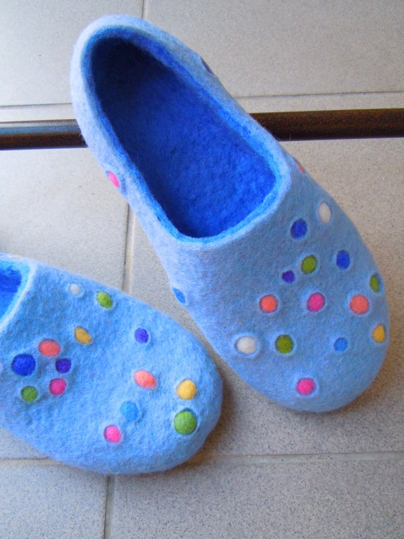Felted slippers Bubbles bubbles by Simonascrafts on Etsy, $64.00