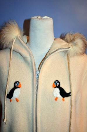 VINTAGE LADIES INUIT ESKIMO PUFFIN PARKA with SHELL Size SMALL