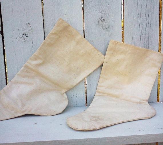 Vintage Korean socks traditional costume by WeeLambieVintage, $22.00