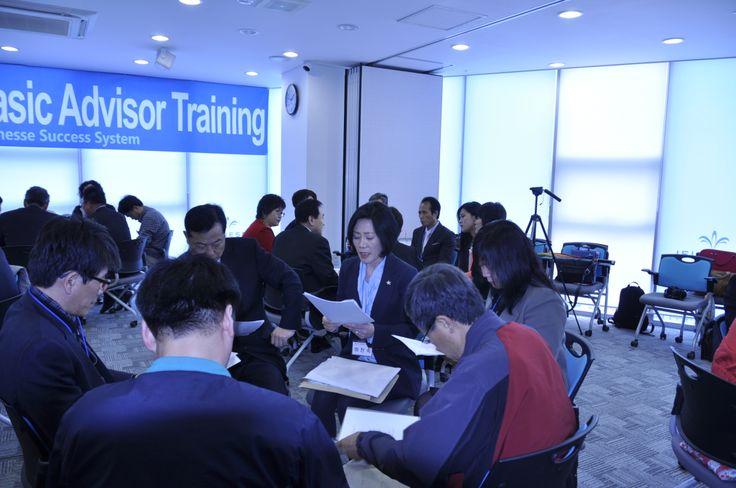 <줄기세포와 루미네스화장품> 테마 강의 중인 이진숙강사...'실전은 내가 책임진다.' .주네스 글로벌코리아 JEUNESSE SUCCESS SYSTEM 밧데리연수  (Basic Advisor Training)2기..20140329 10:00~18:00