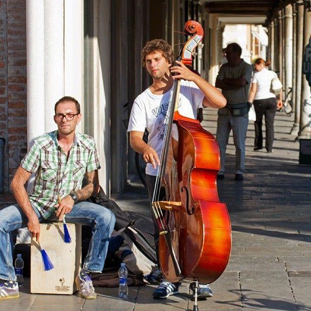 Al Ferrara Buskers Festival con Tommaso Fiorini
