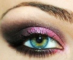 love pinkEye Makeup, Eye Colors, Eye Shadows, Blue Eye, Eyemakeup, Eyeshadows, Smokey Eye, Green Eye, Pink Black