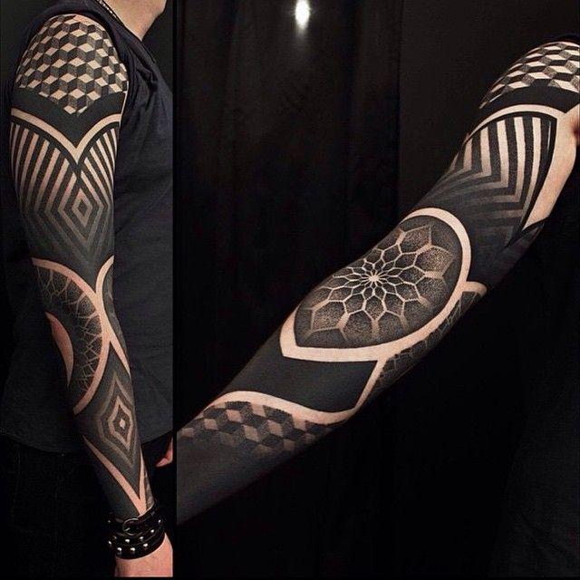 Behold the impressive geometric work of Ervand Akopov. …