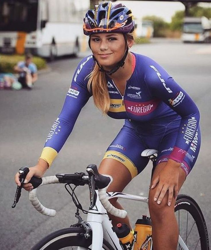 Puck Moonen u2022 Holland 50 best Lady