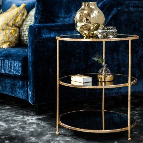 Ruth & Joannas vackra sidobord Layer med spegelyta, 2 st till matsalen eller till något av de andra rummen. 740€ fr Zarro