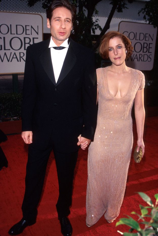 David Duchovny and Gillian Anderson — 1997 | This Is What The Golden Globes Looked Like In The '90s