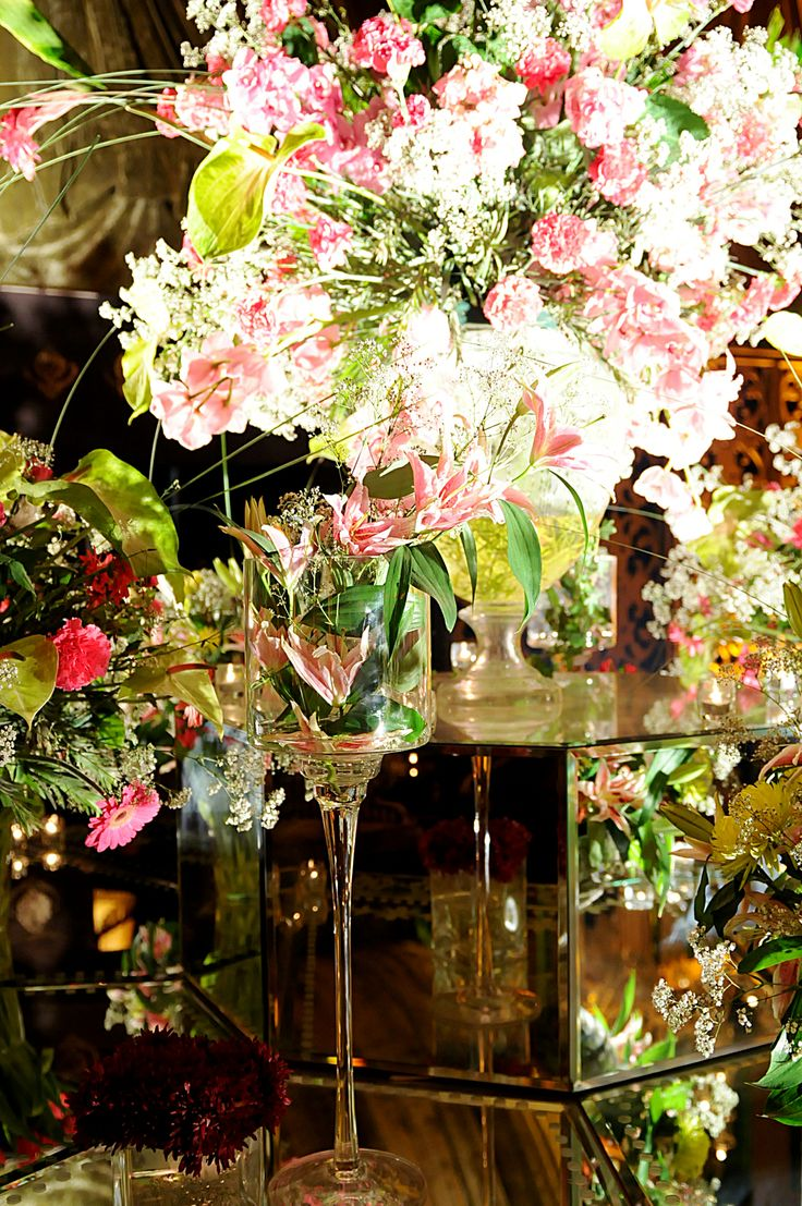J&S in collaboration with Rohit Bal Luxury Weddings, create the grandest imaginable wedding celebrations!
