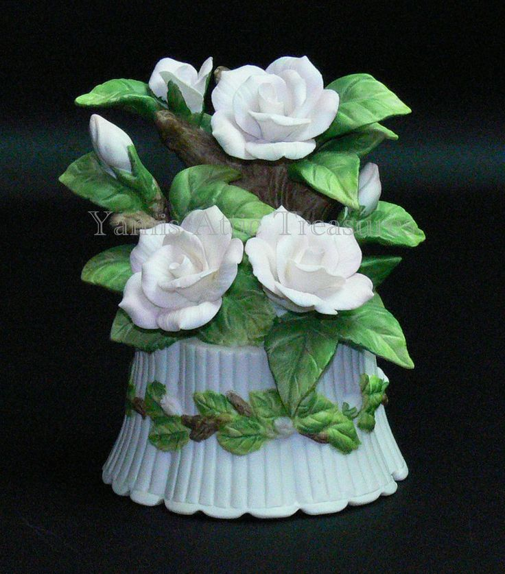 Seymour Mann Music Box Pink Roses M. Bernini Hand Painted Porcelain