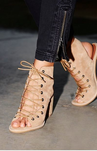 Jeffrey Campbell Cors Lace-Up Ankle Boot // women's fall street fashion