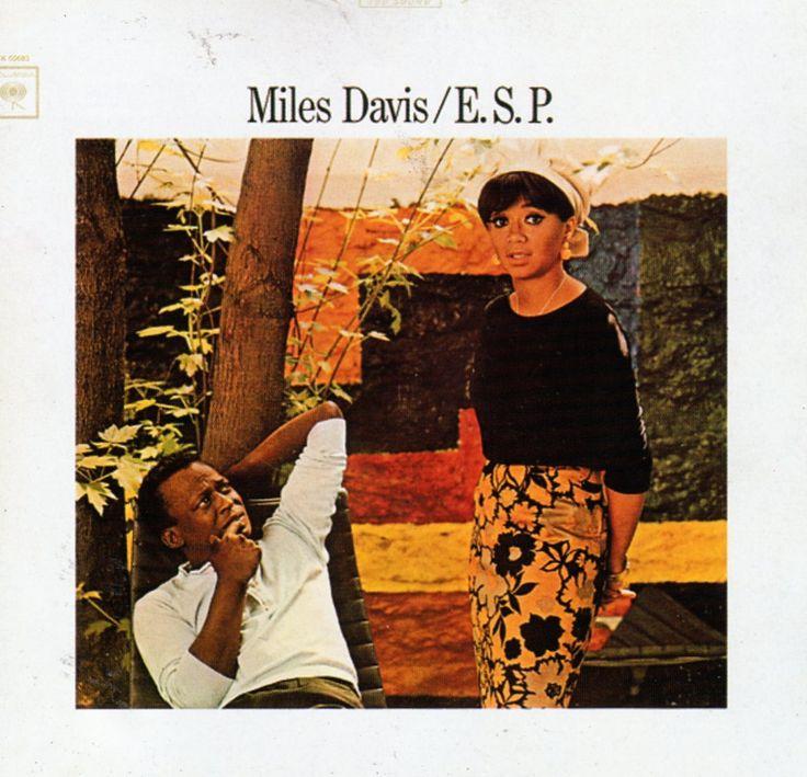 Miles Davis - E.S.P. (1965) ... Miles Davis'in, Herbie Hancock, Ron Carter, Wayne Shorter ve Tony Williams'ın dahil olduğu 'The Second Great Quintet' oluşumunun ilk albümü.