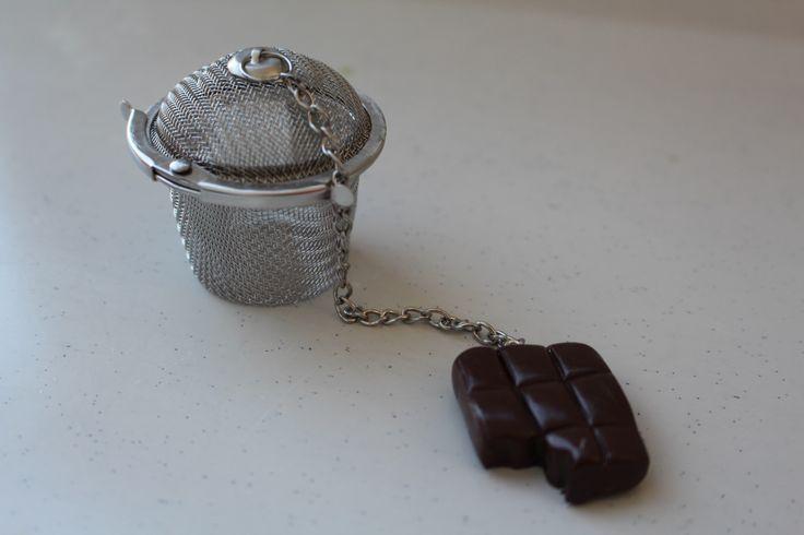 Filtre à thé,tablette chocolat, petite marmite : Cuisine et service de table par ludifimo