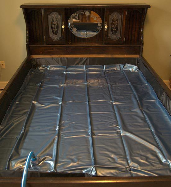 waterbed yep had one of those too it was nice to get into a warm bed in the winter but it was a booger to change the sheets