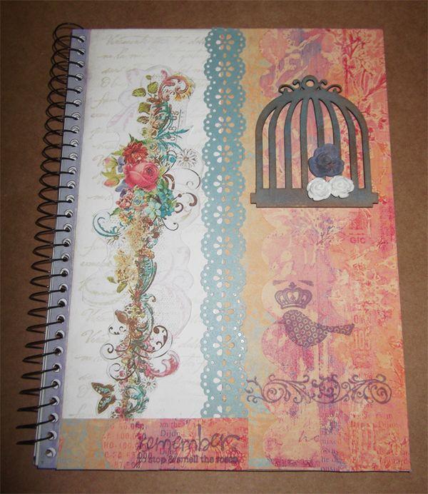 Ensinamoso a fazer Scrap Decor em um caderno com Momento Divertido! Assista ao Video!