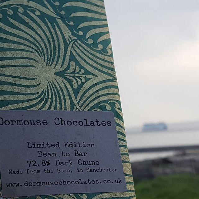 1st #chocolatebar from my #dormousechocolates 6 month #chocolate subscription. @dormousechocs (#porttownsend #wa #ferry in background). #limitededition #cocoabean #chuno from #nicaragua 72.8% #darkchocolate Nose of #redfruit Tastes of #redfruit #tabacco #strawberry #doubleIPA #stonefruit #peach juice #chocolatemaker #manchester #England #chocolatereviews #chocolatetasting #victoriacooksey #chocolat #chocolatelovers #chocolateaddicts #chocoholics #beantobar #craftchocolate #chocolateaddicted