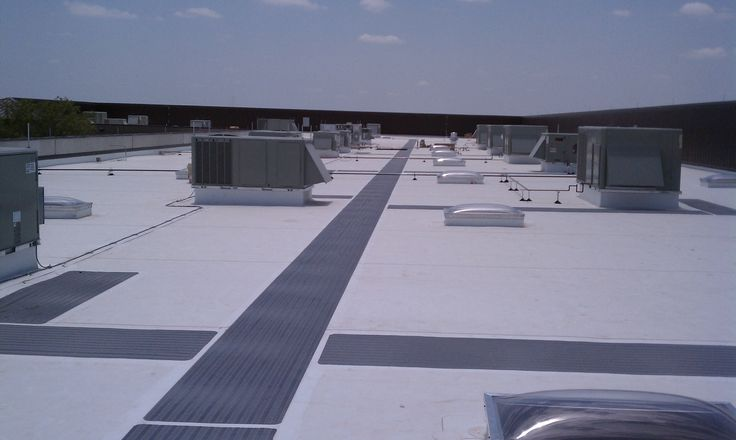 Tpo Roof Walkway Pads Tpo Roofing Flat Roof Roofing