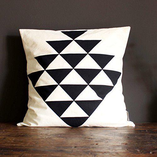 Die besten 25+ Geometrisches kissen Ideen auf Pinterest - dekorative geometrische muster interieur