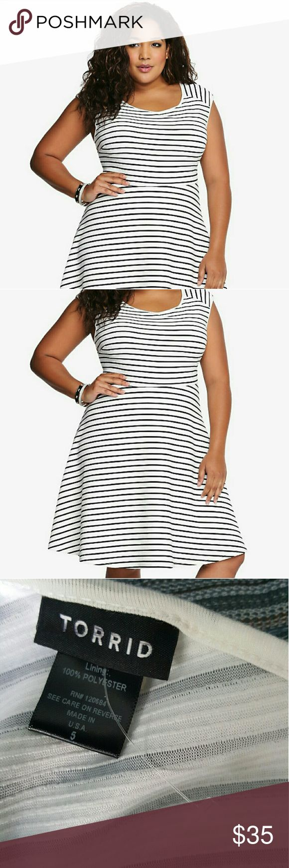 Torrid sz 5 black and white Skater Dress Brand new. I have this in another color. It is so flattering and so comfortable. Torrid  Dresses Maxi