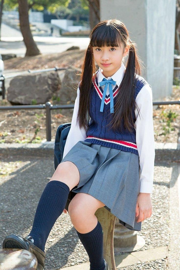 Schoolgirl cute young — photo 6