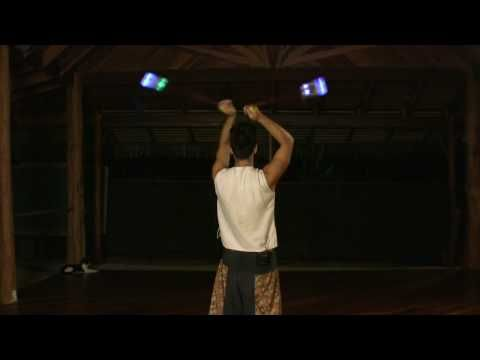 ▶ Poi Spinning Tutorial - How to Learn the Fountain (beginner) - YouTube