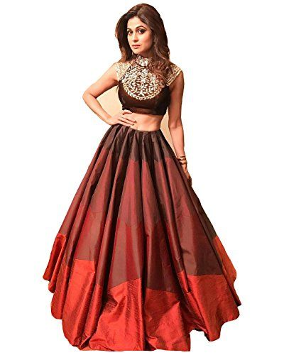 *Casual, Wedding, Party and Garba wear Lahenga Choli* Product Code :- SL 1006 Lahenga Fabric :- Banglory Choli Fabric :- Banglory Dupatta Fabric :- Kivi Size :- Free Size (Semi-Stitched) *Rate :- 686* ```Ready to Shipping World Wide [Single Pcs Also Available]```