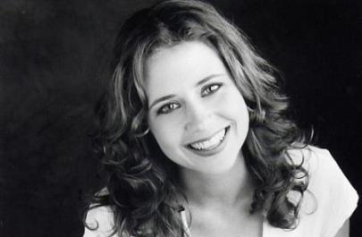 Jenna Fischer...gorgeous.
