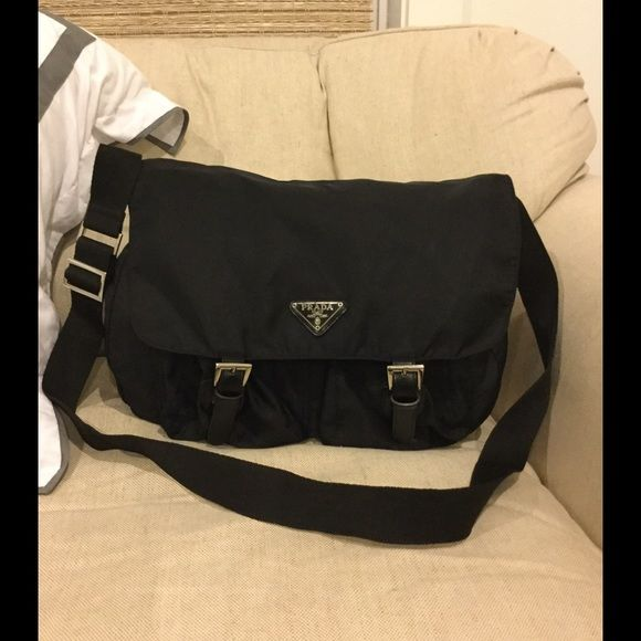 Prada Messenger Black Bag Prada messenger bag. Great condition!! Bought from another Posher and decided not to keep!! Prada Bags Crossbody Bags