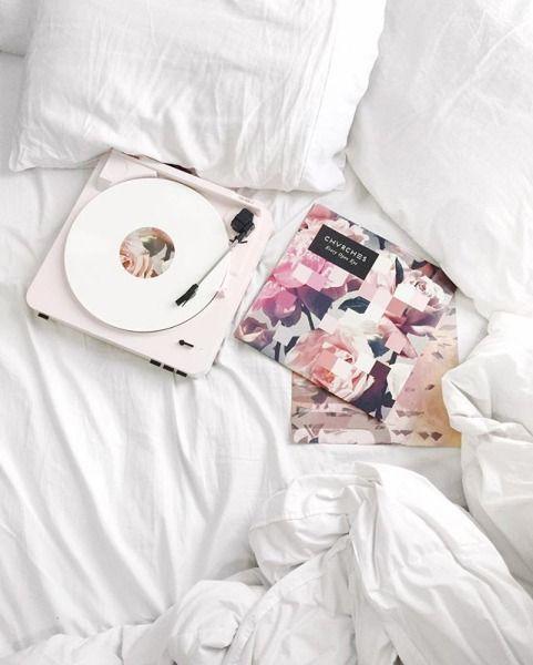 U-Turn Audio Orbit Plus Vinyl Turntable - White - Urban Outfitters