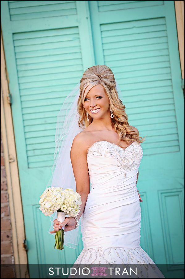 wearing hair up styles 471 best images about mermaid inspired wedding 4975 | 01edfe7bec51c14a7c11c897cbc0fdf7 bridal hair down wedding hairstyles with veil