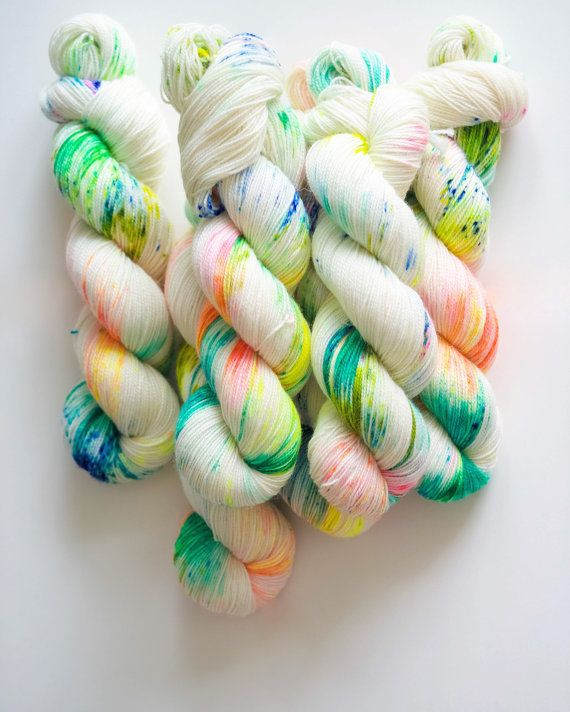 Ibiza Breeze Hand Dyed Yarn BFL Hight Twist 80 Sw BFL by QingFiber