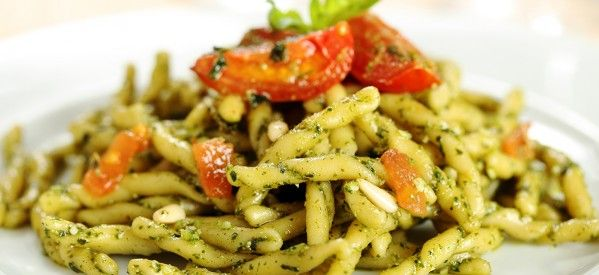 Trofie al pesto di rucola e pomodorini #ricettedisardegna #cucina #sarda #sardinia #recipe