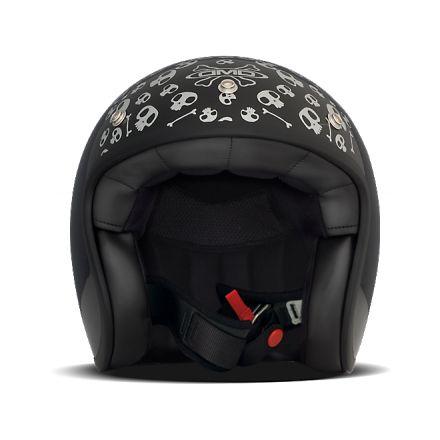 les 39 meilleures images du tableau casques dmd sur pinterest casques scooters et casque cafe. Black Bedroom Furniture Sets. Home Design Ideas