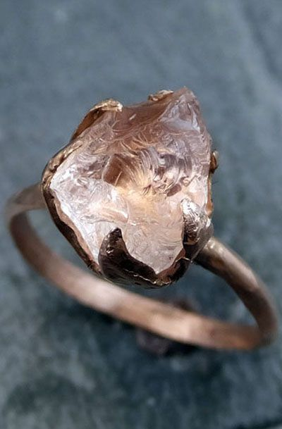 Raw Rough Morganite 14k Rose gold Ring / http://www.deerpearlflowers.com/rose-gold-engagement-rings/