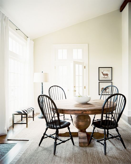 dustjacket attic: Interiors | Dining Room Designs. Love the round table: