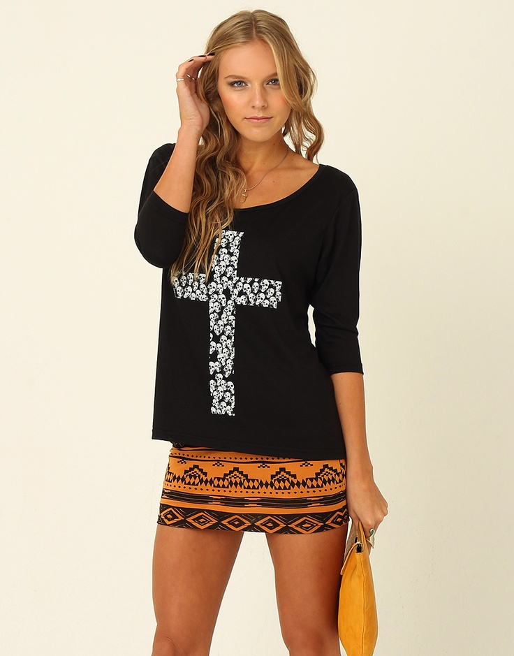 kross skull printed 3 4 sleeve scoop neck top with fitted body sexy teen clothes pinterest. Black Bedroom Furniture Sets. Home Design Ideas
