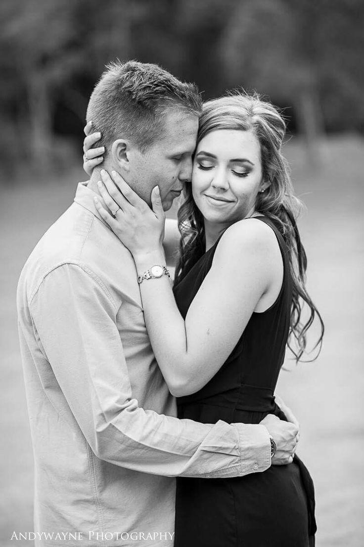 #love #engaged #couplephotoshoot #photography #bride2be