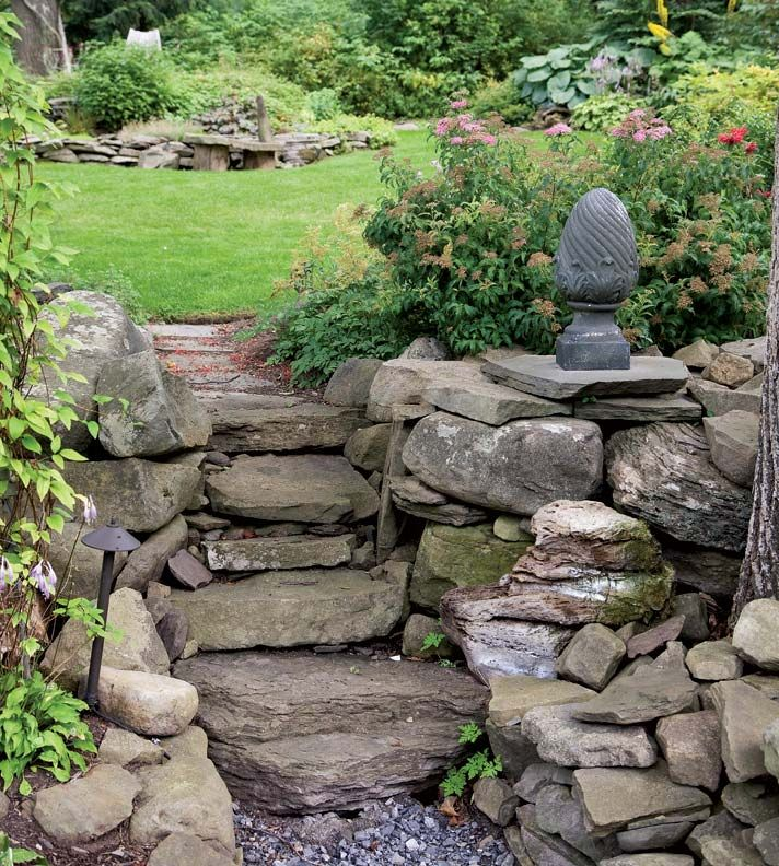 17 best images about garden thoughts on pinterest gardens stone steps and planters - Tips using rock landscaping ...