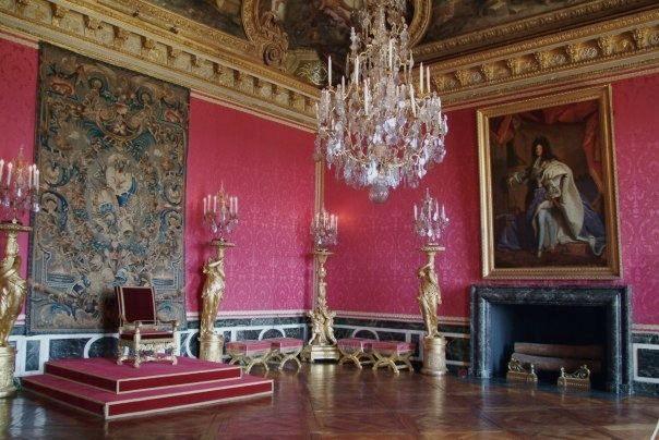 Le salon d 39 apollon chambre du roi avant de devenir salle du tr ne cette - Salle du trone versailles ...