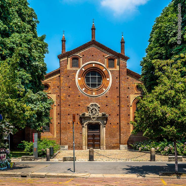 Chiesa di San Pietro in Gessate   Milano (MI) - Italia ###################################Altro scatto della mia #estateincittà, la #chiesa di San Pietro in Gessate, #dirimpettaia del #tribunaledimilano  #fotoinviaggio #nofilter #italy #italia #milano #milan #turismomilano #milanoturismo #turismo #monumenti #chiesacattolica #arte #architettura #davedere #davedereamilano #estateamilano #sanpietroingessate #turismointerno #nikon #nikonphotography #nikond610 #lightroom