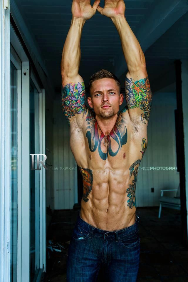 Gorgeous ripped inked dude. ...