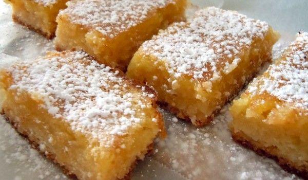 Πανεύκολο λεμονογλυκό με μπισκότα, ινδοκάρυδο και ζαχαρούχο γάλα