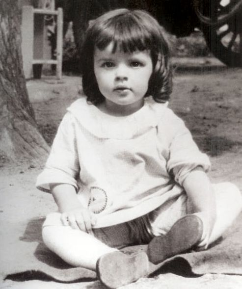 Judy Garland when she was just li'l ol' Frances Gumm