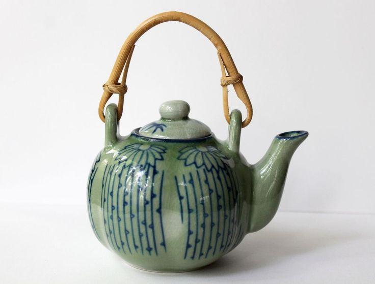 25 best ideas about asian teapots on pinterest asian kettles teapot and tea pots - Bamboo teapot handles ...