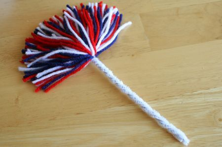 Crafty 4th of July Firework Pom Poms - Make and Takes
