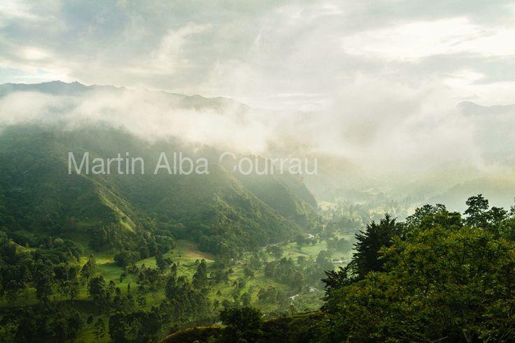 Vista desde Salento hacia el Valle de Cocora. Fotogrfía: Martin Alba Courrau