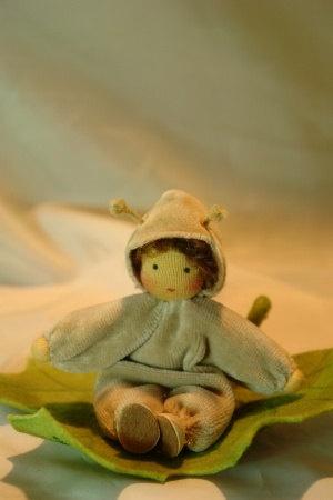 Vineyard+Snail++Flower+Child++Waldorf+by+KatjasFlowerfairys,+€31.00