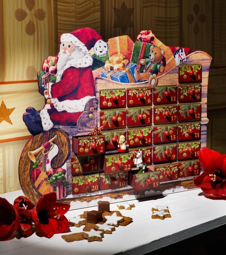 Adventní kalendář ve 2 provedeních, vždy se 24mi ozdobami na stromeček v kásném balení, které můžete nechat vystavené celé svátky