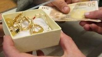 In vendita persino i denti d'oro