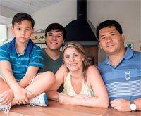 Com um empréstimo bem calculado, Cristiane Hein Reis e o marido, Shelby Reis, de Valinhos, SP, conquistaram o lugar ideal para aproveitar a vida ao ar livre